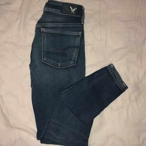American Eagle Dark Blue Ripped Jegging